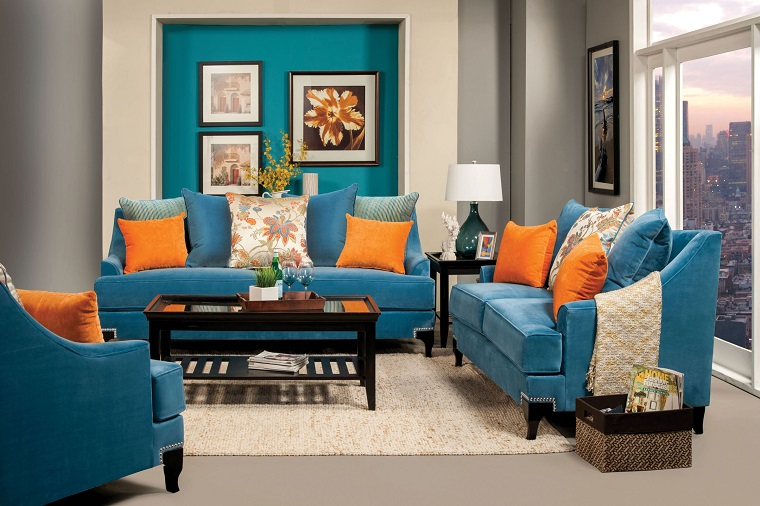 divano blu-cuscini-arancioni
