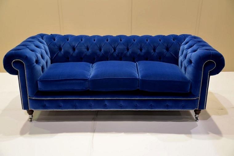 divano-blu-modello-elegante-velluto