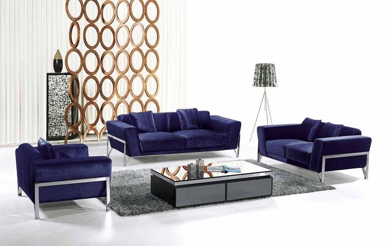 divano-blu-scuro-piedini-acciaio