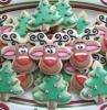 idee-regalo-natale-bellissimi-buonissimi-biscotti-forme diverse-albero-natale-palline-faccina-renna