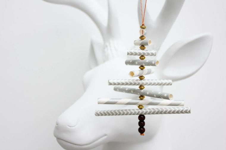 idee-regalo-natale-opzione-fai-da-te-decorazione-originale-stile-minimal-forma-albero