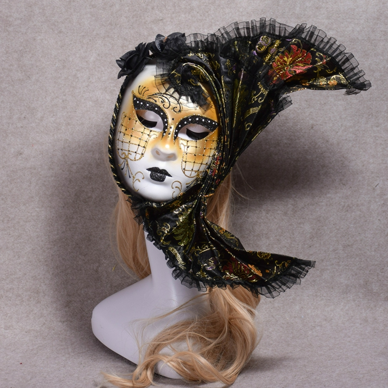 lavoretti-di-carnevale-maschera-lei-rete-decorazioni-color-oro-volto-velo-nero-testa-collo