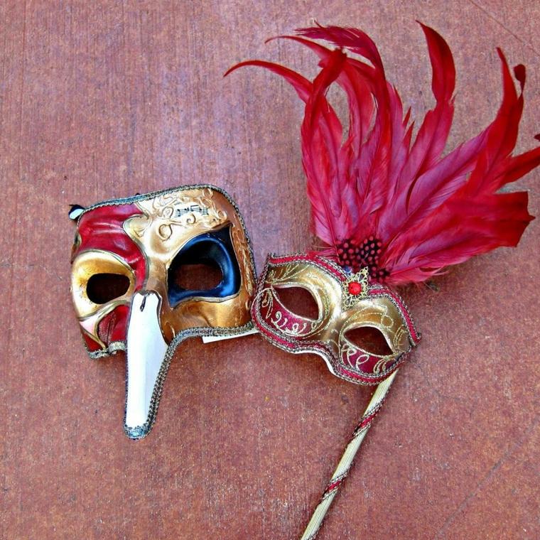 maschere-di-carnevale-fai-da-te-due-idee-per-lei-per-lui-tipiche-tradizione-italiana