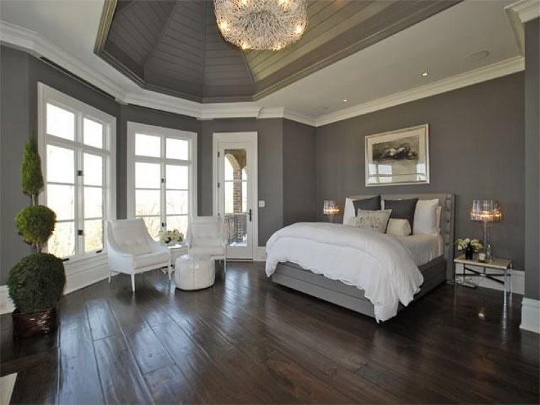 parete-grigia-camera-stile-romantico
