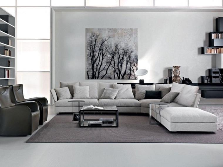 parete-grigia-tono-chiaro-salotto