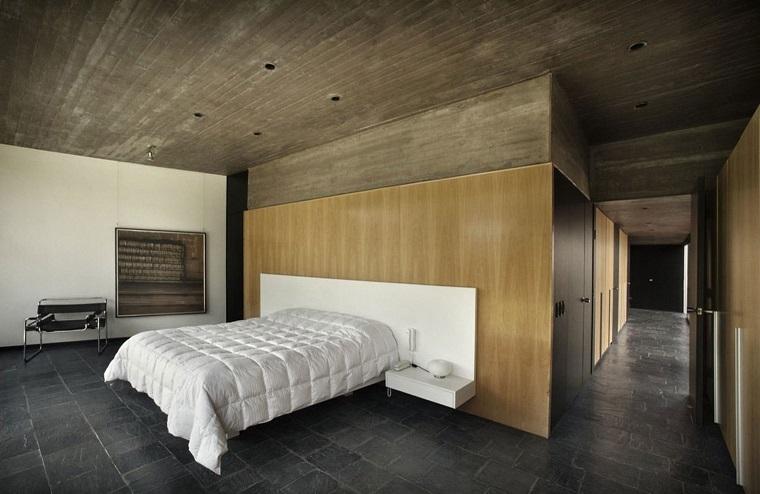 pavimento grigio-parete-legno-camera