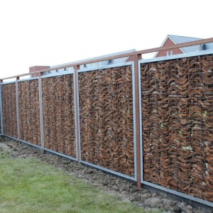Recinzioni per giardino ecco 20 proposte originali per l for Recinzioni giardino legno
