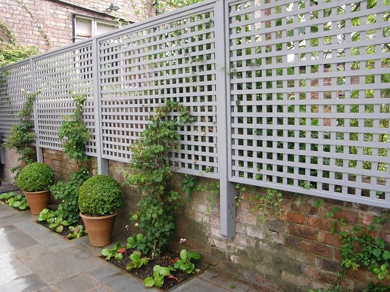 recinzioni-per-giardino-metallo-bianco