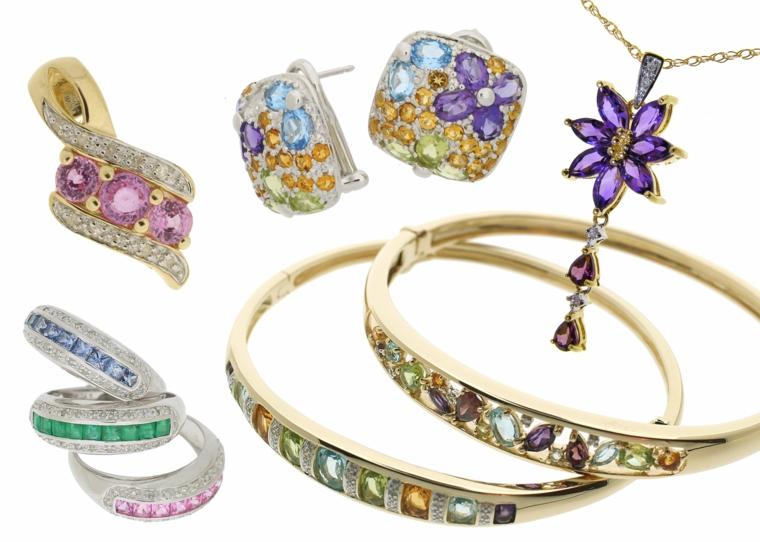 regali-di-natale-per-lei-serie-idee-preziosi-orecchini-bracciali-collane-pietre-colorate