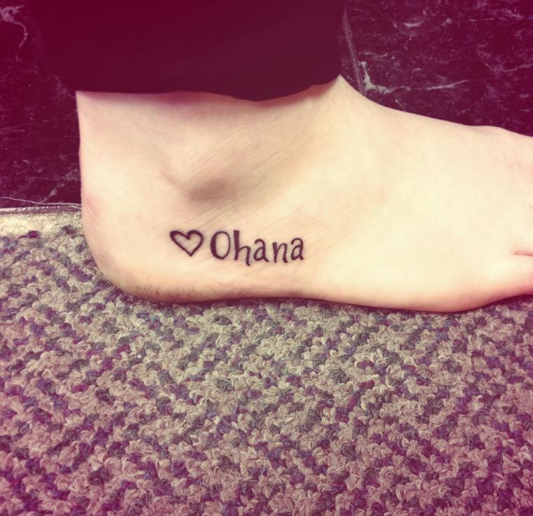 scritte-tatuaggi-piede-cuoricino