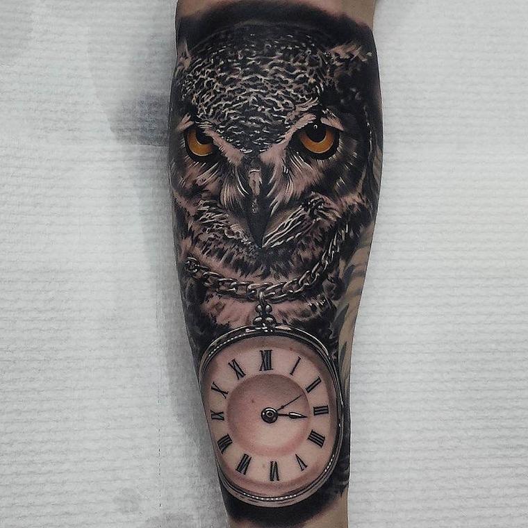 tatuaggi avambraccio-civetta-orologio
