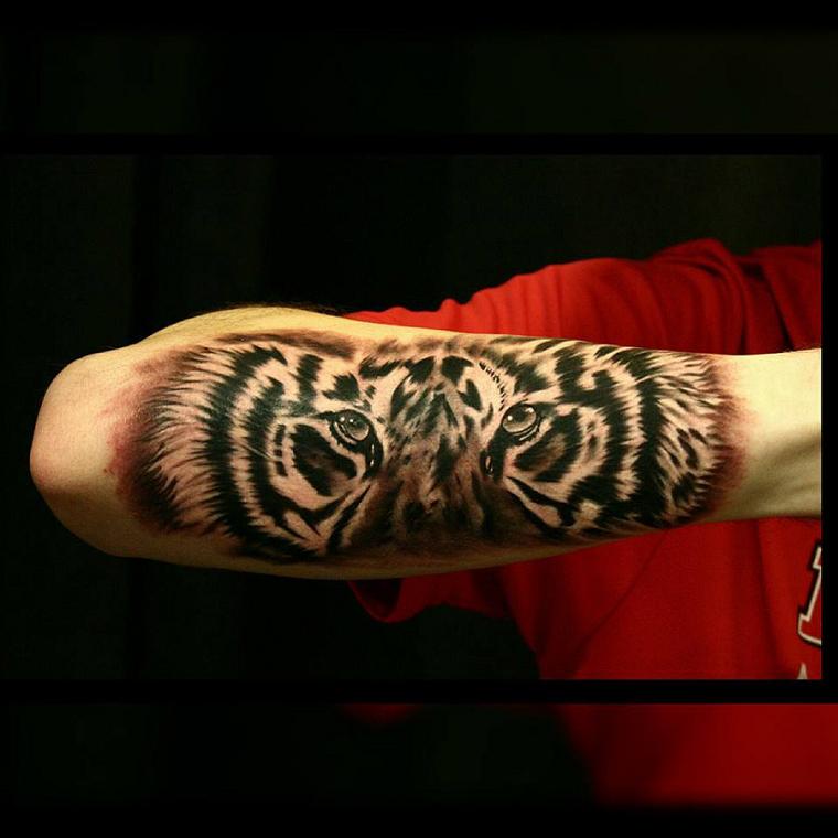 tatuaggi-avambraccio-faccia-jaguro