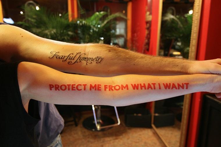 tatuaggi scritte-due-esempi-braccio