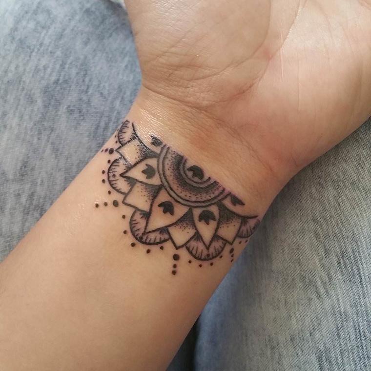 tatuaggi-sul-polso-disegno-originale