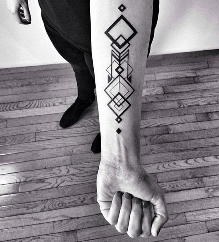tatuaggio-avambraccio-serie-forme-geometriche