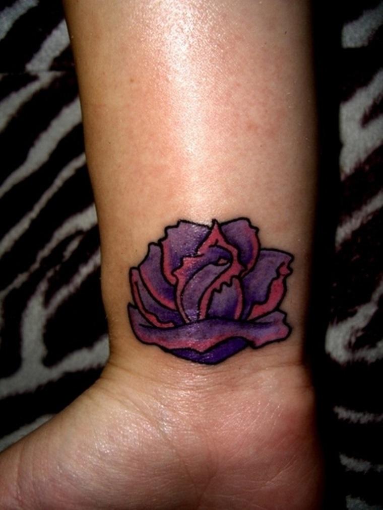 tatuaggio-polso-rosa-viola