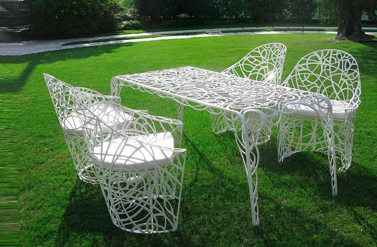 tavoli-in-ferro-battuto-bianco-esterno