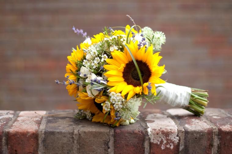 Fiori Matrimonio Girasoli : Idee di bouquet sposa per scegliere un elemento