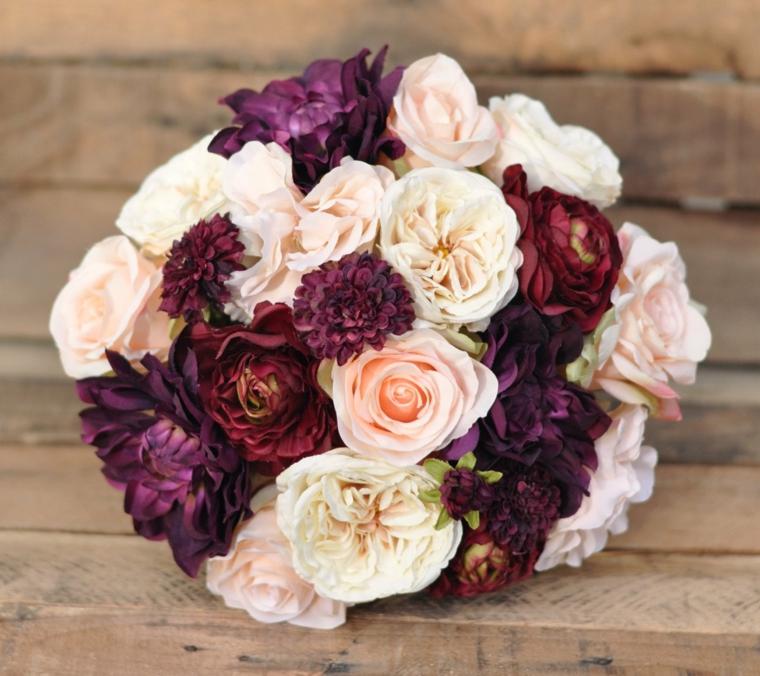 bouquet-sposa-settembre-composizioni-fiori-colori-autunnali-forma-tonda