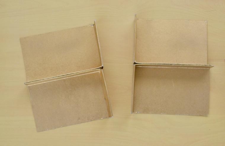 Tagliare una scatola in quattro parti uguali, riciclo creativo