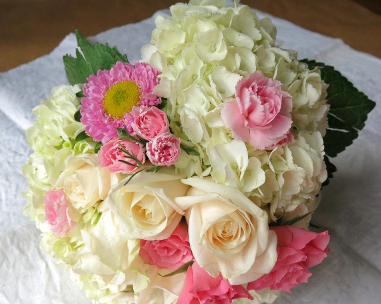 fiori-belli-bouquet-fiori-colori-primaverili-rosa-ortensia