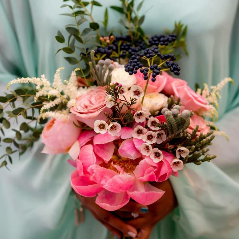 fiori-matrimonio-bouquet-fiori-foglie-forme-colori-diversi-particolari