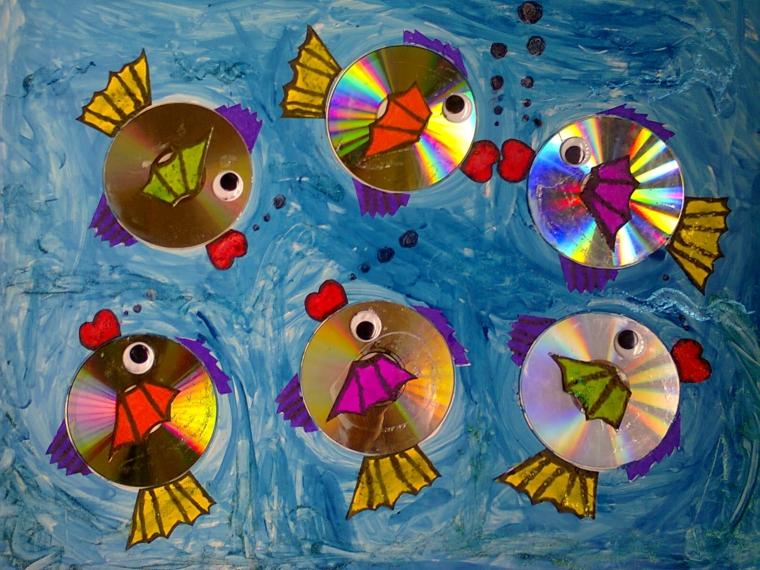 riciclo-creativo-cd-decorati-pinne-coda-pesce-bocca-rossa-mare-azzurro