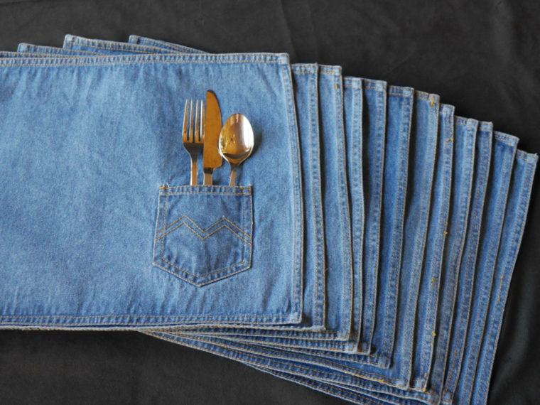 riciclo-creativo-stoffa-parte-posteriore-jeans-tasca-contenere-posate-cucite-tovaglioli