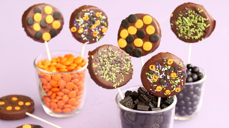 stecchini-dolce-halloween-cioccolata-latte-caramelle-colorate-bicchieri- ec371a3c3557