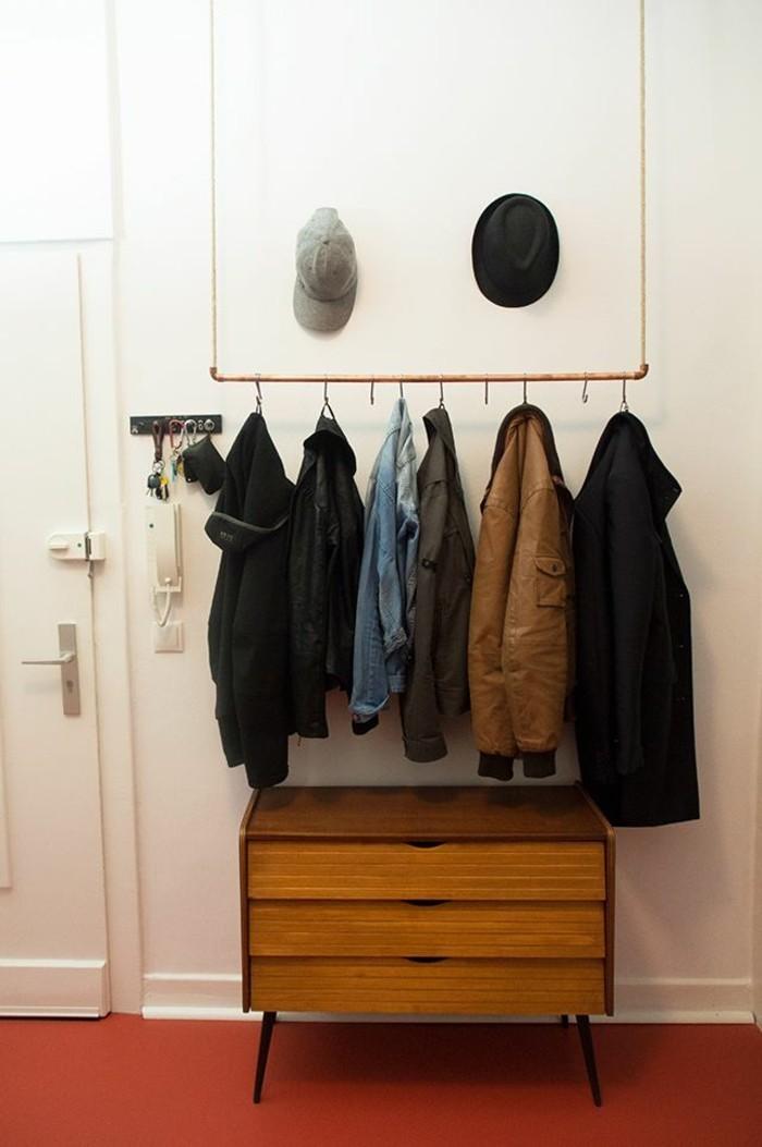 arredamento-contemporaneo-corridoio-mobiletto-legno-appendiabiti-sospensione-giacche-cappelli-porta-di-ingresso