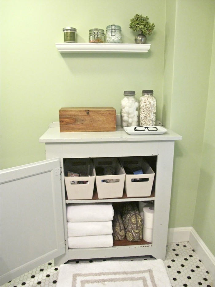 1001 idee per il bagno senza piastrelle molto creative - Piastrelle bagno verde chiaro ...
