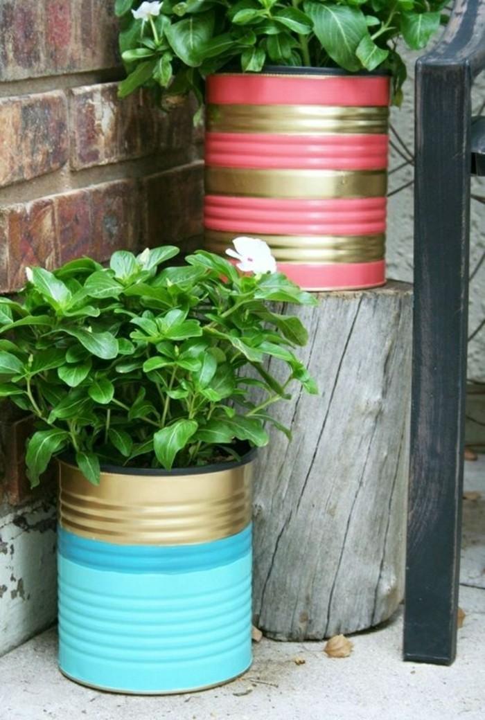 barattoli-decorati-vernice-acrilica-diversi-colori-vasi-piante-aromatiche-spezie-conservazione
