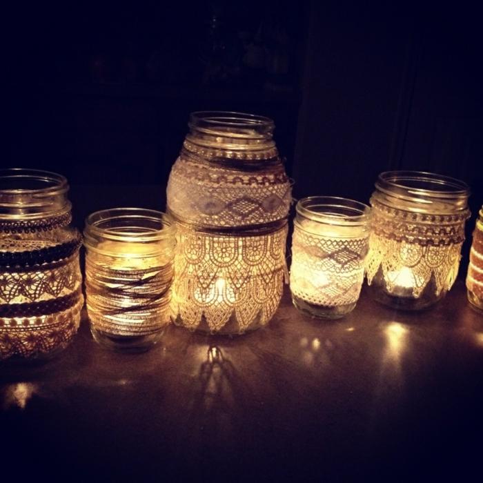 barattoli-vetro-decorati-lampade-creative-fai-da-te-applicazioni-stoffa-ricamate