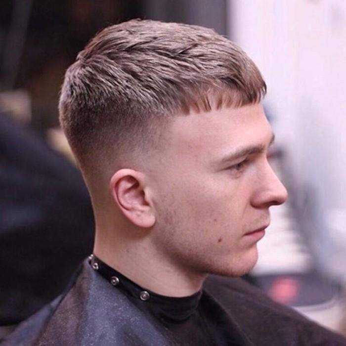 capelli-sfumati-uomo-taglio-stile-militare-molto-corto-lati-frangia-corta-fronte