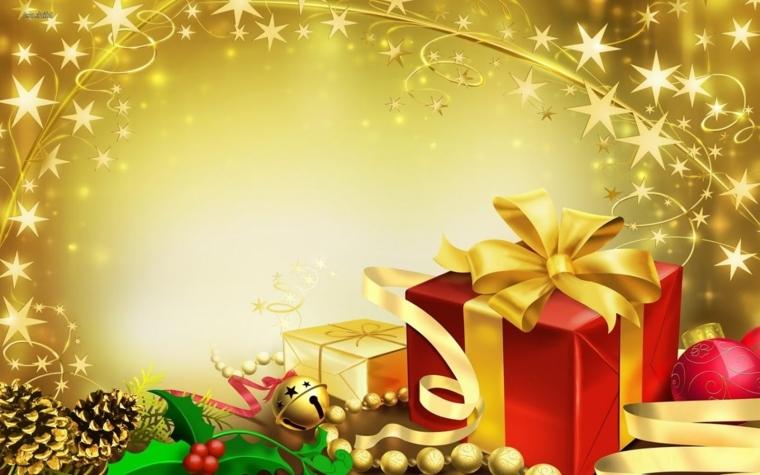 un pacco dono con carta rossa e fiocco oro insieme a tanti oggetti natalizi come una pigna e delle palline