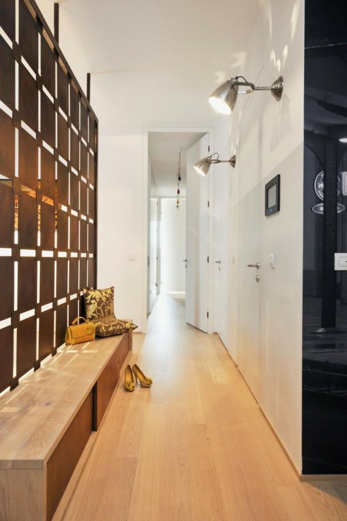 come-arredare-un-corridoio-mobili-legno-parete-divisoria-armadio-muro-illuminazione-led
