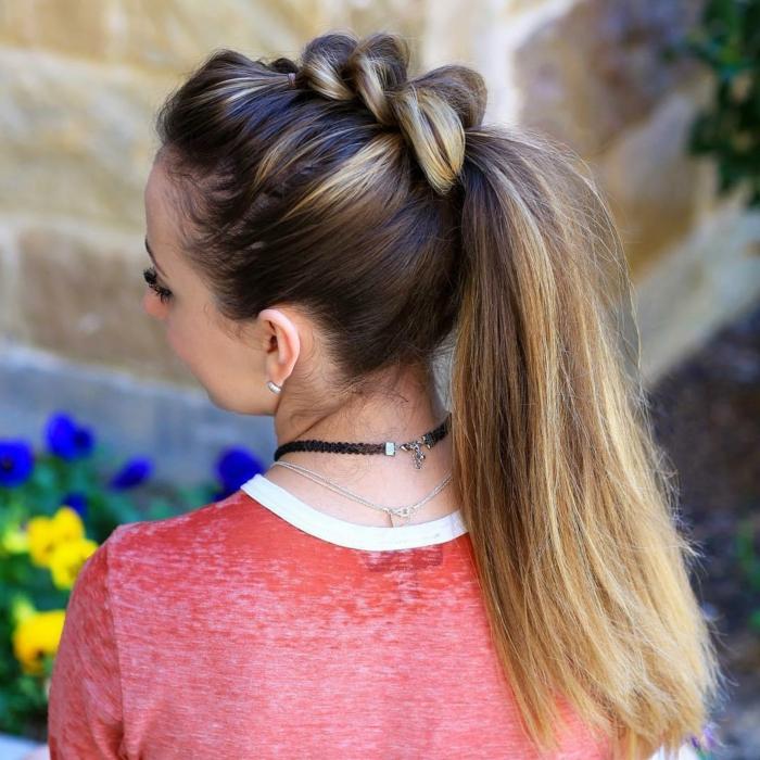 esempio-realizzare-acconciatura-stile-medievale-treccia-coda-capelli-lunghi