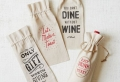 10 idee creative per delle bottiglie di vino personalizzate e decorate