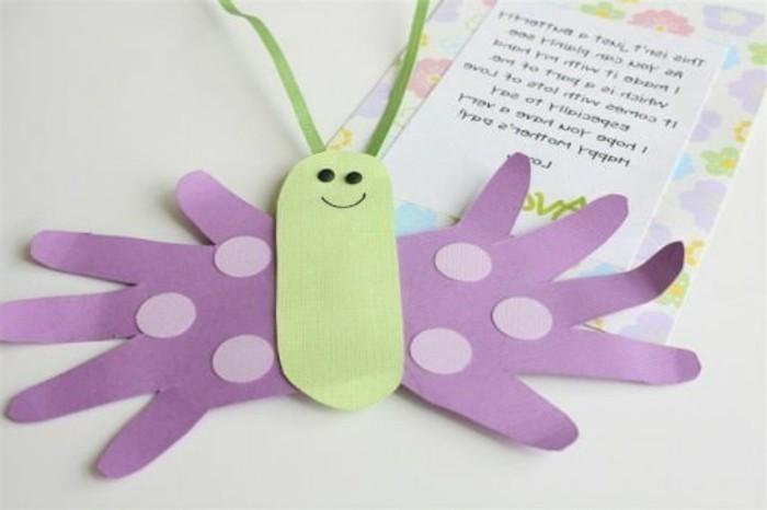 farfalla-in-carta-ali-realizzate-contorno-mani-idea-creativa-lavoretti-primavera