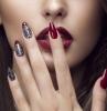 forma-unghie-mandorla-colore-bordeaux-luminoso-decorazione-colore-argent-disegno