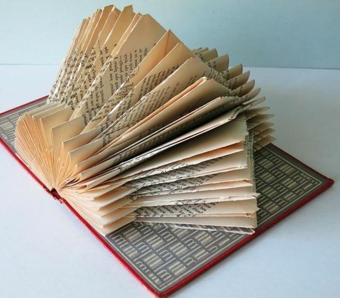 libro-origami-scultura-bella-facile-realizzare-piegando-pagine-libro