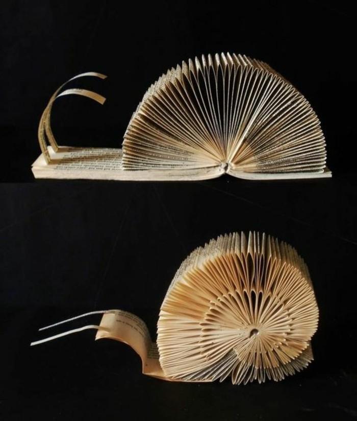 libro-origami-una-lumaca-creata-modo-originale-tecnica-piegare-libri