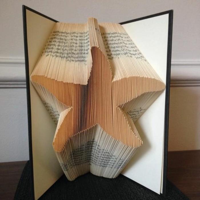 libro-origami-una-stella-di-mare-creazione-ludica-realizzata-piegando-pagine-libro