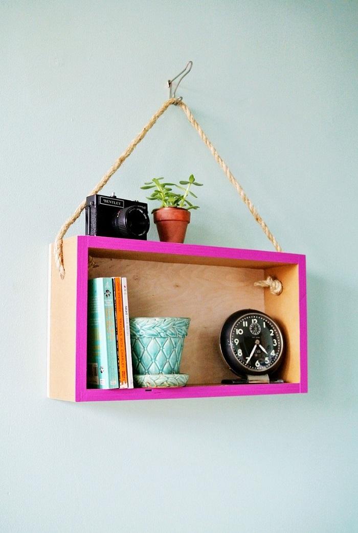 Decorazioni fai da te con una mensola in legno fai da te, decorare le pareti in modo originale