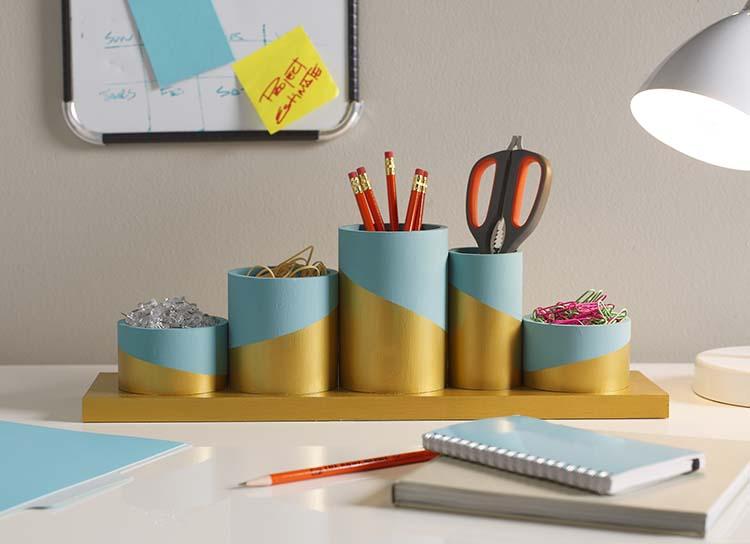 organizer-scrivania-fai-da-te-bricolage-idea-regalo-festa-papà-riciclo-creativo-barattoli-di-latta
