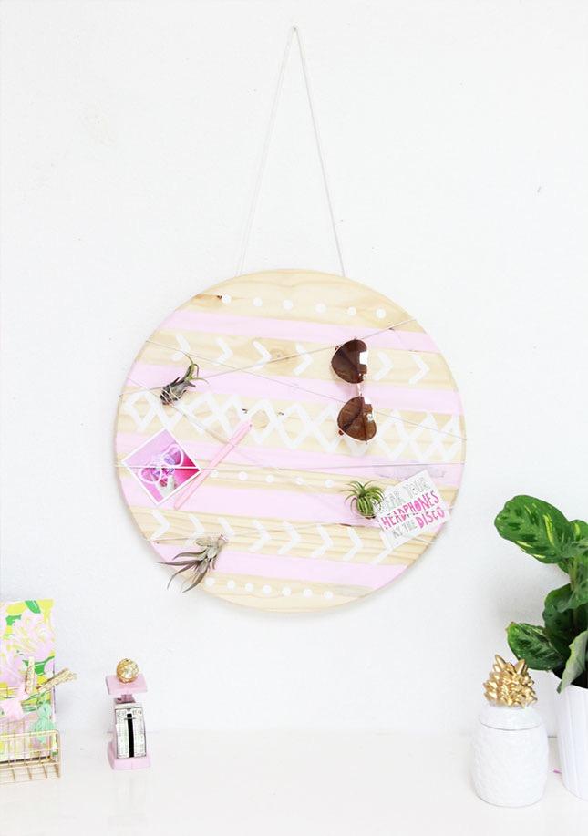pannello-decorativo-forma-cerchio-legno-accessori-addobbi-vasi-piante-filo-appendere-chiodo