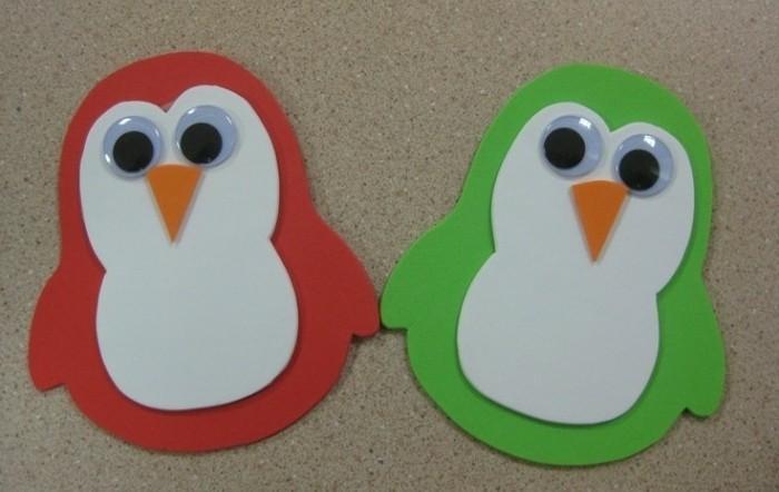 piccoli-pinguini-colorati-rosso-verde-realizzati-ritagliando-cartoncino-occhi-mobili-naso-triangolo-arancione