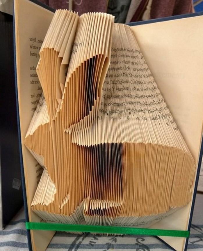 piegare-libri-come-realizzare-coniglio-a-partire-pagine-vecchio-libro