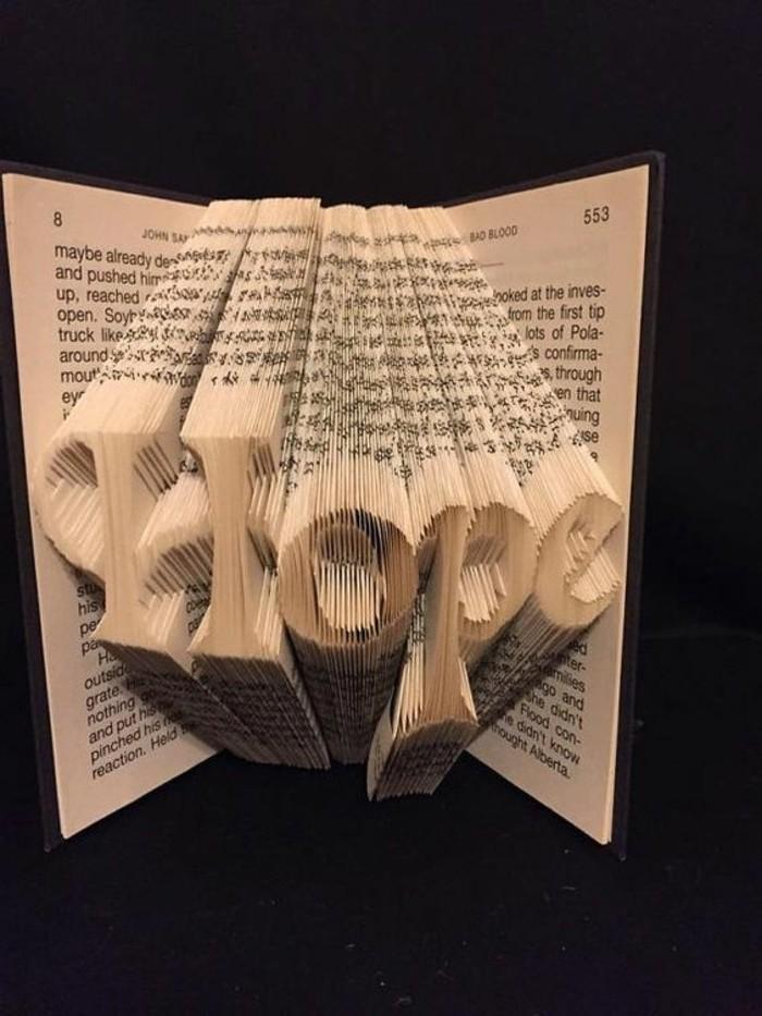 piegare-libri-scritta-speranza-in-3d-realizzata-piegando-semplicemente-pagine-libro