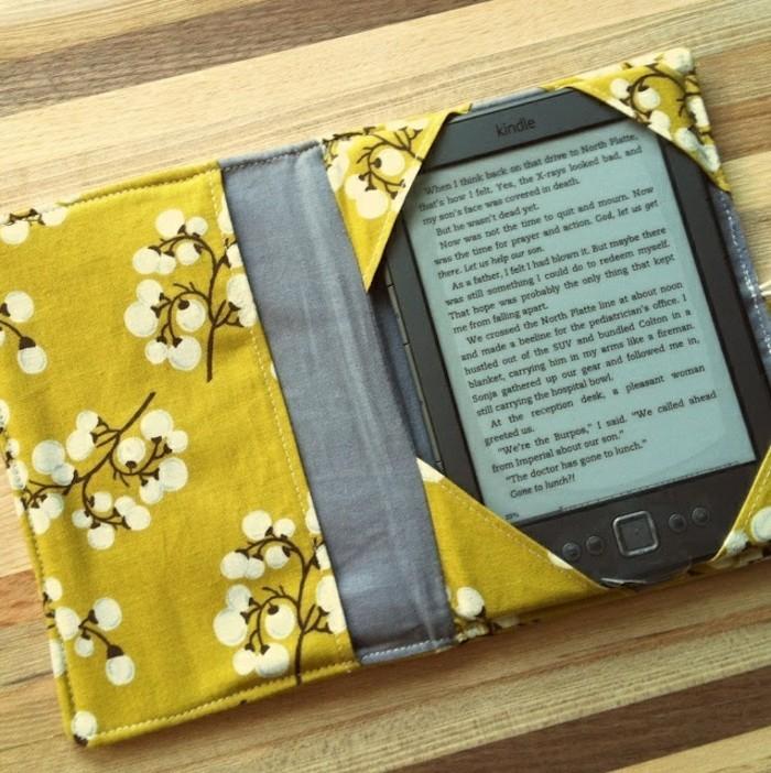 regalo-amica-speciale-cover-tablet-tessuto-fai-da-te-tessuto-fiori